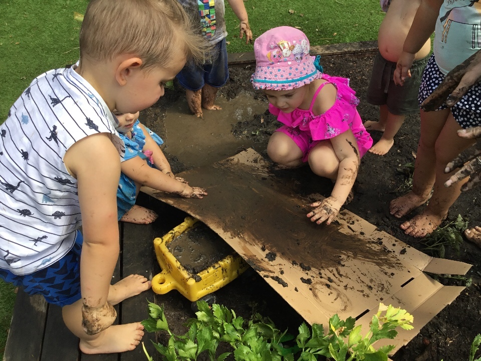 The Benefits of Messy Play
